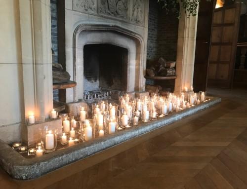 (Français) Belle mise en bougies de la cheminée